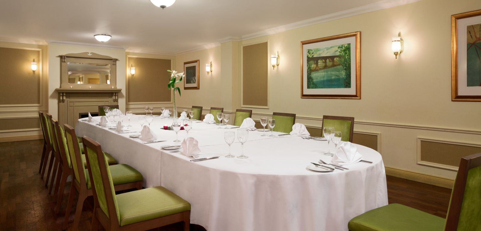 Crowne Plaza private dining venue