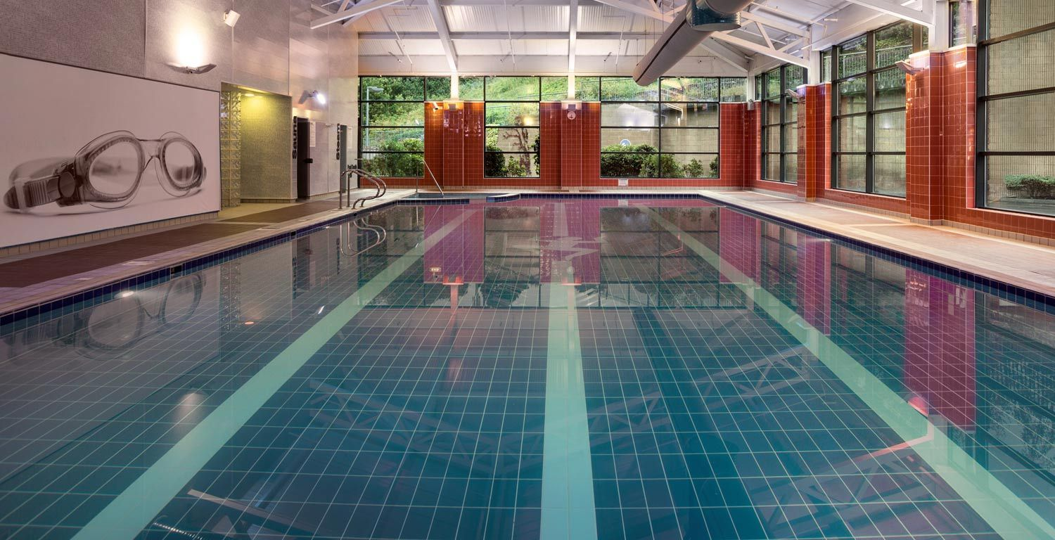 belfast-hotel-with-swimming-pool