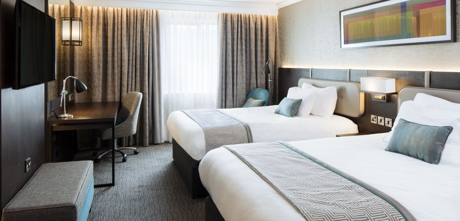 new luxurious interconnecting bedroom at Crowne Plaza Belfast