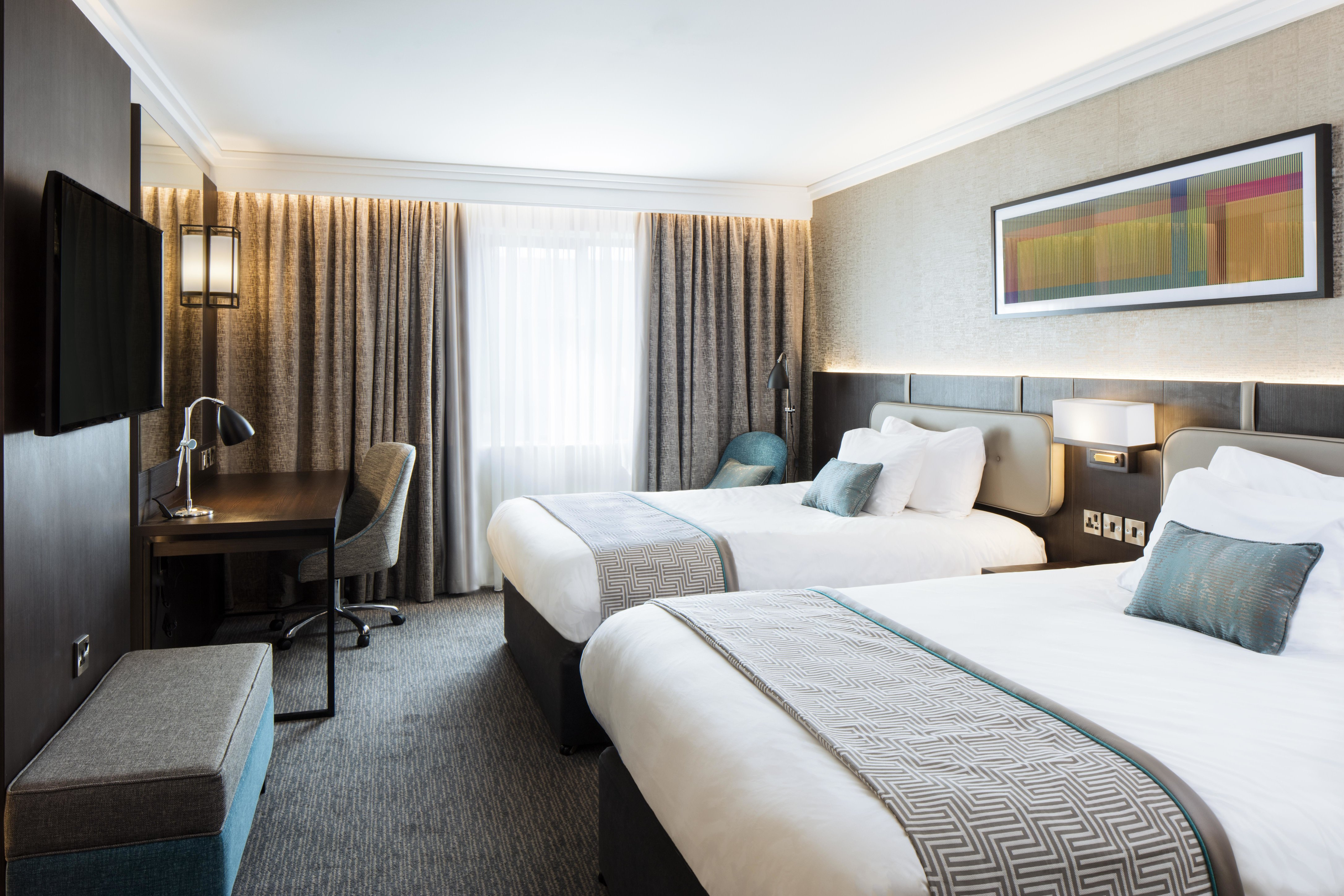 New luxurious twin bedroom at Crowne Plaza Belfast