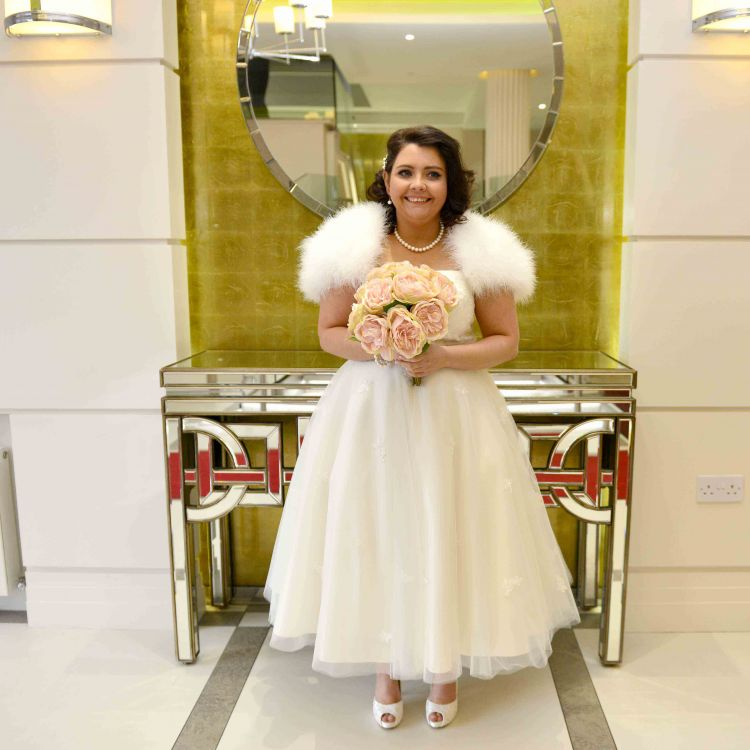 Carrie and Robert Reid Crowne Plaza Belfast Wedding